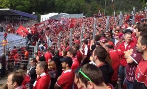 Voller Fanblock im Stehbereich, aber auch die Sitzplätze waren vom FCK bevölkert