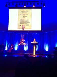 Norbert Thines bei seiner Dankesrede (Foto: mg)