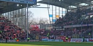Rund 2.200 treue Fans waren im Breisgau dabei (Foto: www.der-betze-brennt.de)