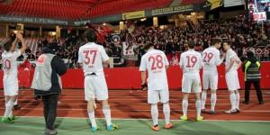 Trotz der Enttäuschung über die Niederlage, Dank an die mitgereisten Fans (Foto: www.der-betze-brennt.de)