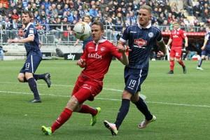 Maecel Gaus defensiv gestern wieder zuverlässig (Foto: www.der-betze-brennt.de)