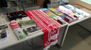 Jede Menge Lesestoff und Information (Foto: 1.FCK)