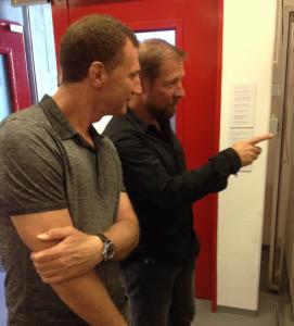 Interessierte Museumsbesucher, Bernhard Winkler und Frank Lelle (Foto: mg)