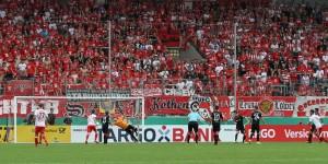 Hilal El-Helwe drehte binnen vier Minuten das Spiel (Foto: www.der-betze-brennt.de)