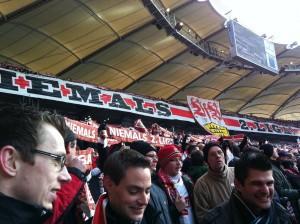 Die Fans aus der Cannstatter Kurve (Foto: Stuttgarter Junxx e.V.)