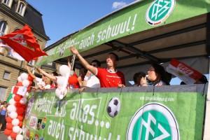 Regelmäßige Teilnahme am CSD Stuttgart (Foto: Stuttgarter Junxx e.V.)