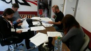 Die Jury bei der Arbeit (Foto: Fanprojekt Kaiserslautern)