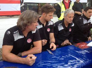 Der FCK zum Fanspiel und Autogrammstunde in Mechtersheim (Foto: mg)