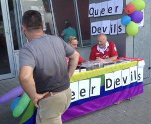 Die Queer Devils beim Stadionfest (Foto: mg)