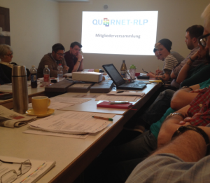 ...konzentriertes Arbeiten und lebhafte diskussionen gab es am Wochenende in Mainz (Foto: mg)