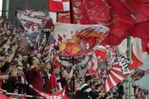 Großer Rückhalt und wichtiges Pfund im Abstiegskampf, die fans des 1.FCK (Foto: Thomas Füssler)