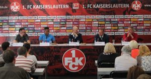 Podiumsteilnehmer,von links, Sven Wolf, Raphael Holzdeppe, Moderator Holger Schröder, Martin Wagner, Horst Konzok (Foto: 1.FC Kaiserslautern )
