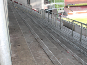 Oberer Stehplatzbereich West. Sieht doch schon ganz pasabel aus (Foto: 1.FC Kaiserslautern)
