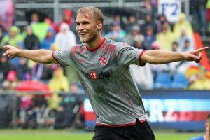 Jubel nach seinem ersten FCK-Tor, Sebastian Andersson (Foto: www.der-betze-brennt.de)