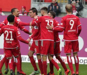 Torjubel nach dem 1:0 (Foto: Thomas Füssler)
