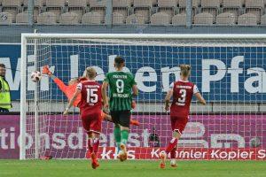 Der späte Siegtreffer, 2:1 für Preußen Münster (Foto: www.der-betze-brennt.de)