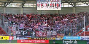 Rund 1.200 Lauterer Fans unterstützten den FCK in Halle (Foto: www.der-betze-brennt.de)