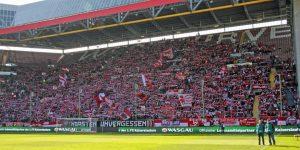 19.516 Zuschaer waren gestern auf den Betzenberg gepilgert (Foto: www.der-betze-brennt.de)