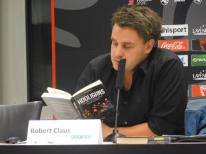Buchautor Robert Claus präsentiert Eindrücke seiner Recherchen (Foto: Ralf Werle)