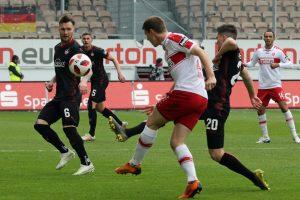 Einen Tick eher am Ball, Dominik Schad (Foto: www.der-betze-brennt.de)
