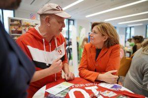 Zu Gast bei den Queer Devils, Ministerpräsidentin Malu Dreyer (Foto: Staatskanzlei RLP/ Dinges)